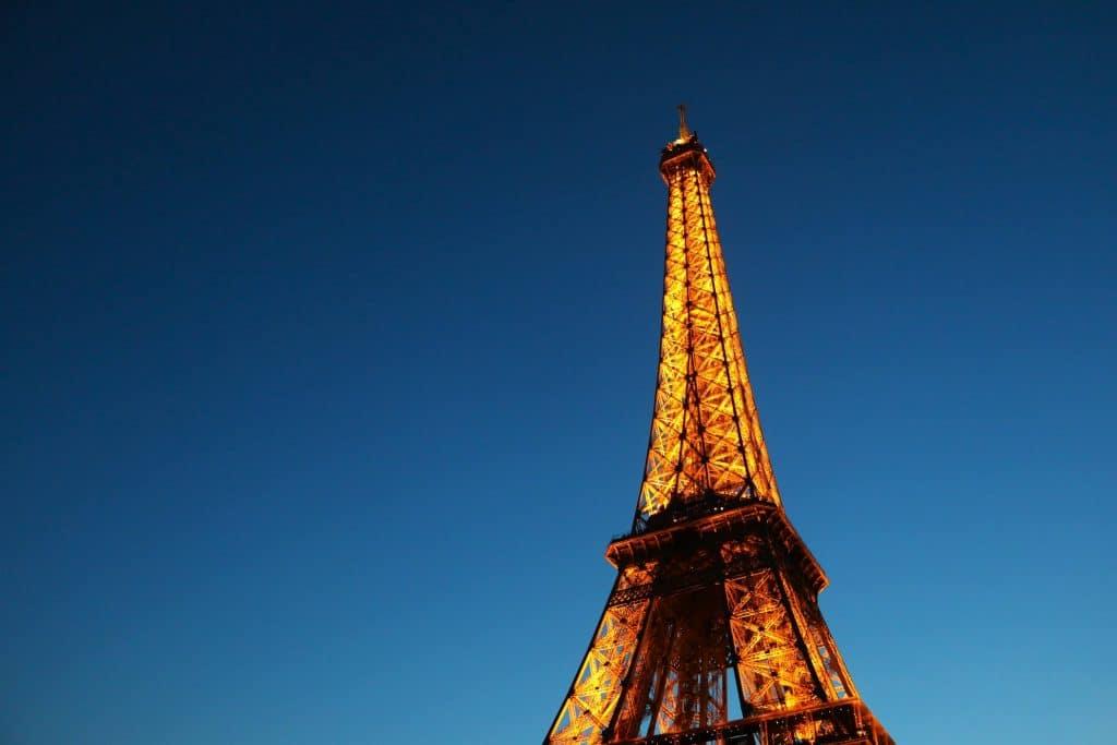 hablar-frances-solo-en-francia-paris